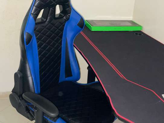 Table et fauteuil Gamer image 3