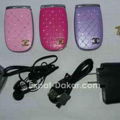 Téléphone miniature Chanel pour femme image 2