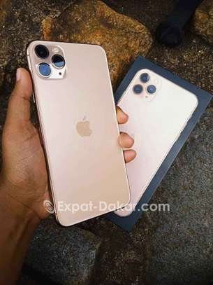 IPhone 11 Pro Max Gold 512go image 3