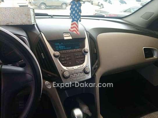 Chevrolet Equinox 2011 image 2
