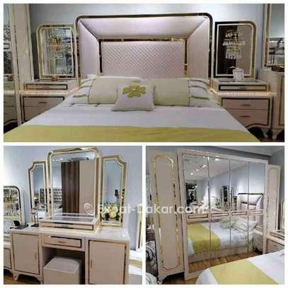 Chambre à coucher de lux image 1