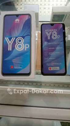 Huawei Y8p image 1