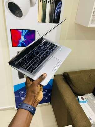 HP Elitbook 840 G4 et accessoires free image 12