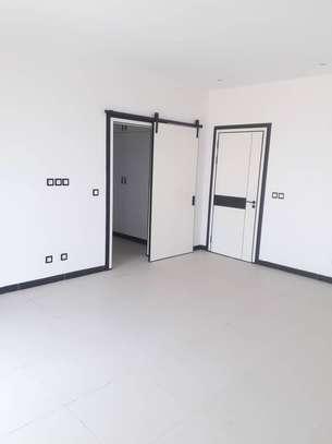 Appartement F4 à louer aux Almadies image 1