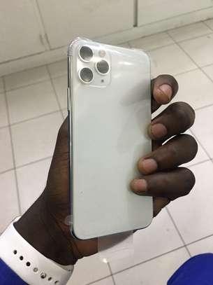 Iphone 11 pro 64GB blanc image 1
