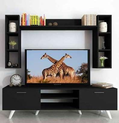 Table TV avec étagère murale image 11