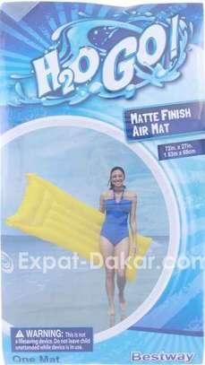 Flotteur gonflable pour piscine air mat image 3