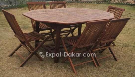 Table et chaises pour l'intérier ou extérieur image 3
