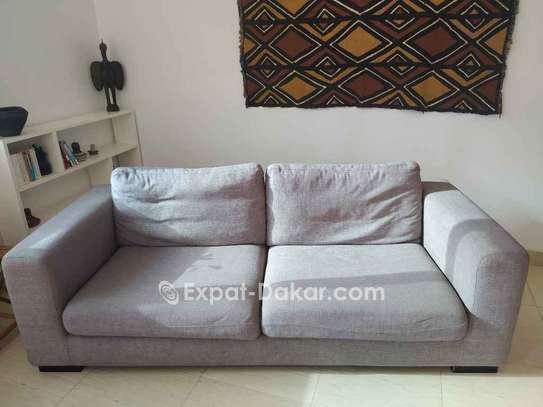Canapé gris 3 - 4 places image 1