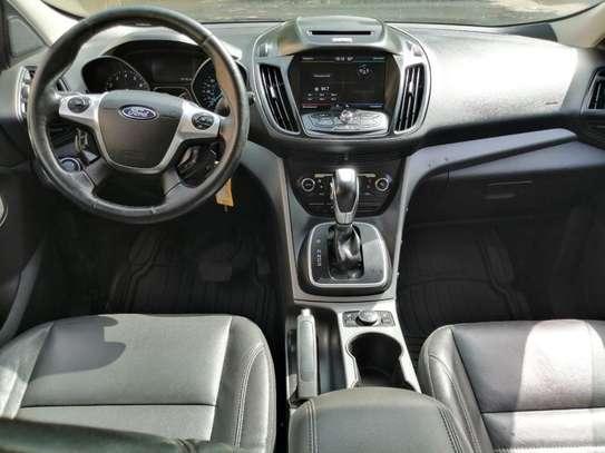 Ford Escape 2013 en très bon état et très abordable image 5