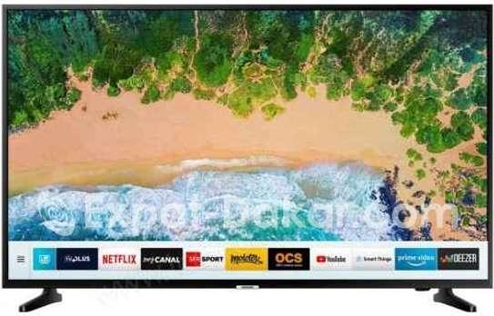 TV Samsung 65 pousse- Ecran 165cm - 4k WiFi image 1