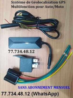 Tracker GPS/Antivol Avec ARRÊT MOTEUR image 1