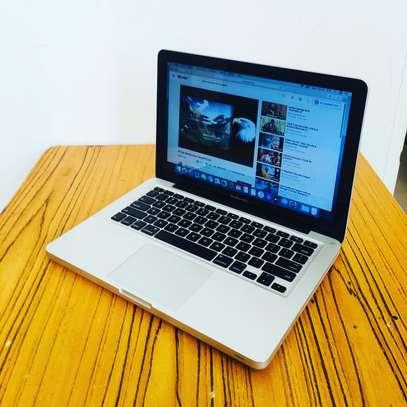 MacBook Pro core i7 image 3