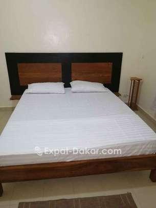 Chambres meublées à louer au point E image 1