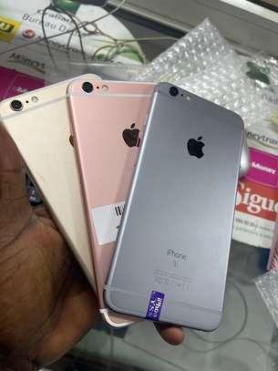 iPhone 6S plus 64 giga image 2