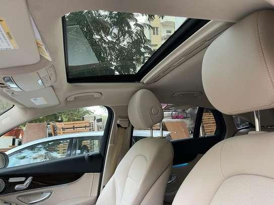 Mercedes GLC 300 image 7