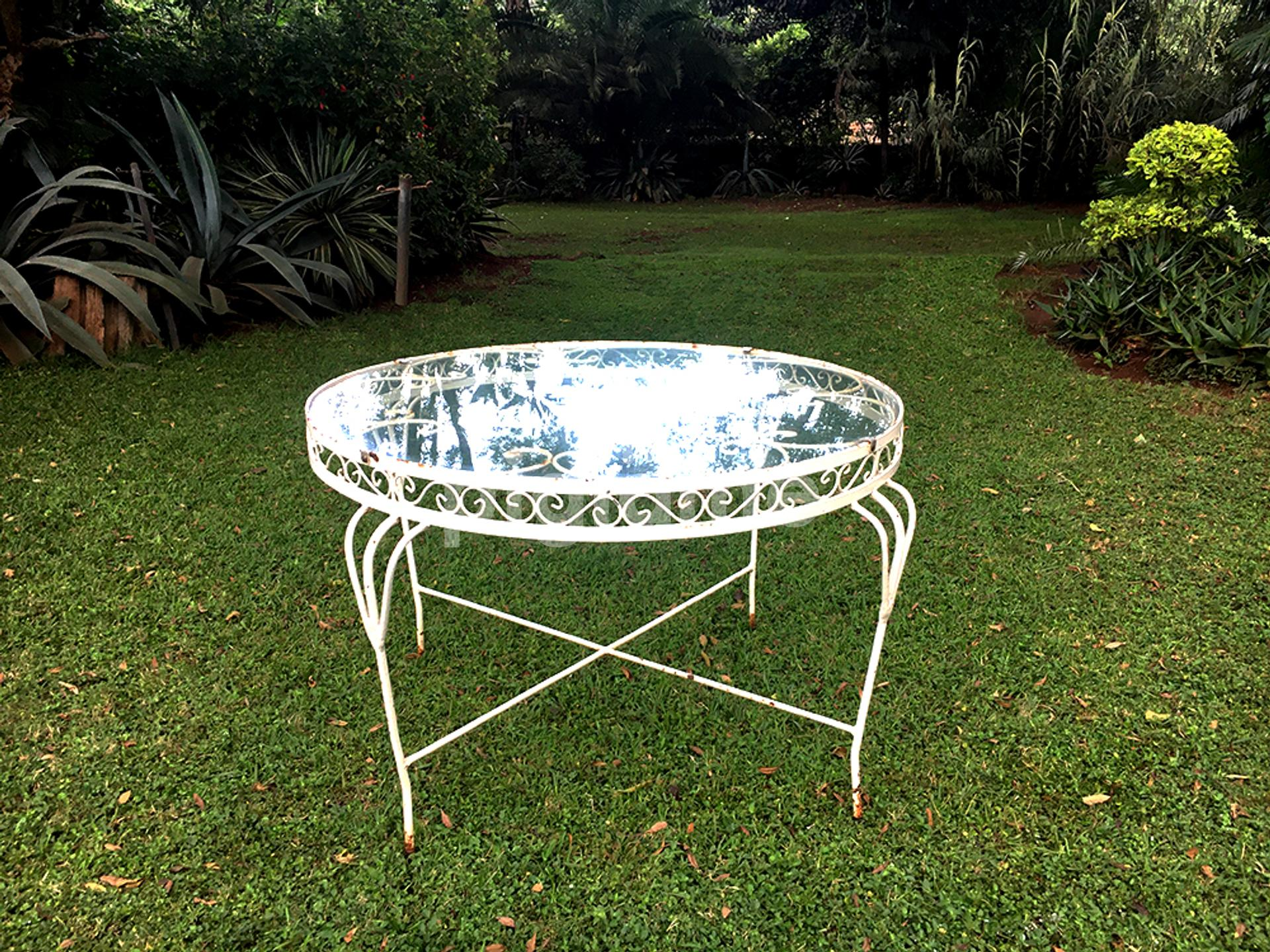 Antique Wrought Iron Garden White French Style Round Glass Dining Table With Intricate Lattice Seats Up To 6 Pigiame