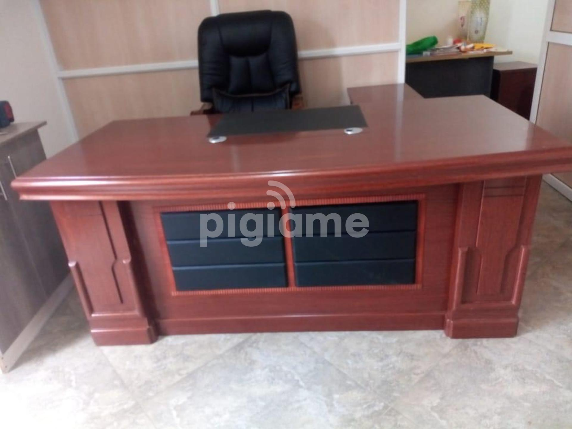 Executive Mahogany Office Desk In