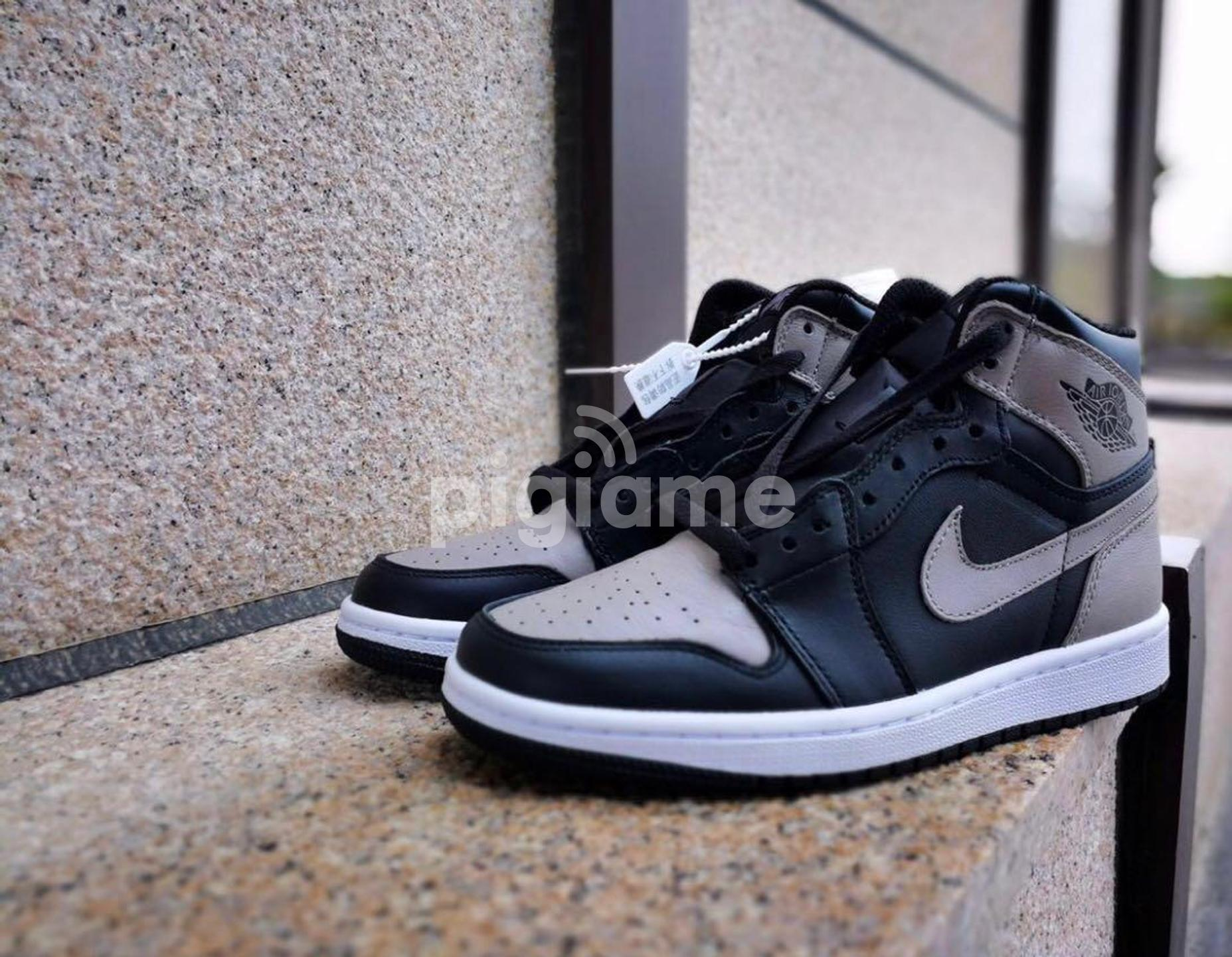 White High Cut Sneakers Shoes Mens