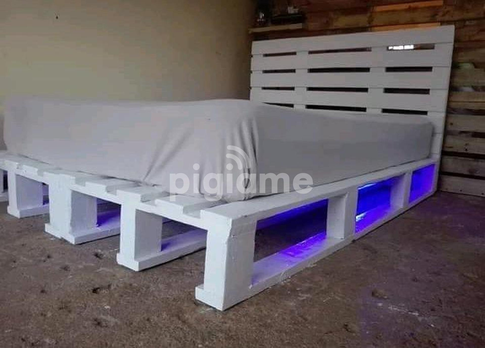 Lighting Pallet Bed In Nairobi Pigiame