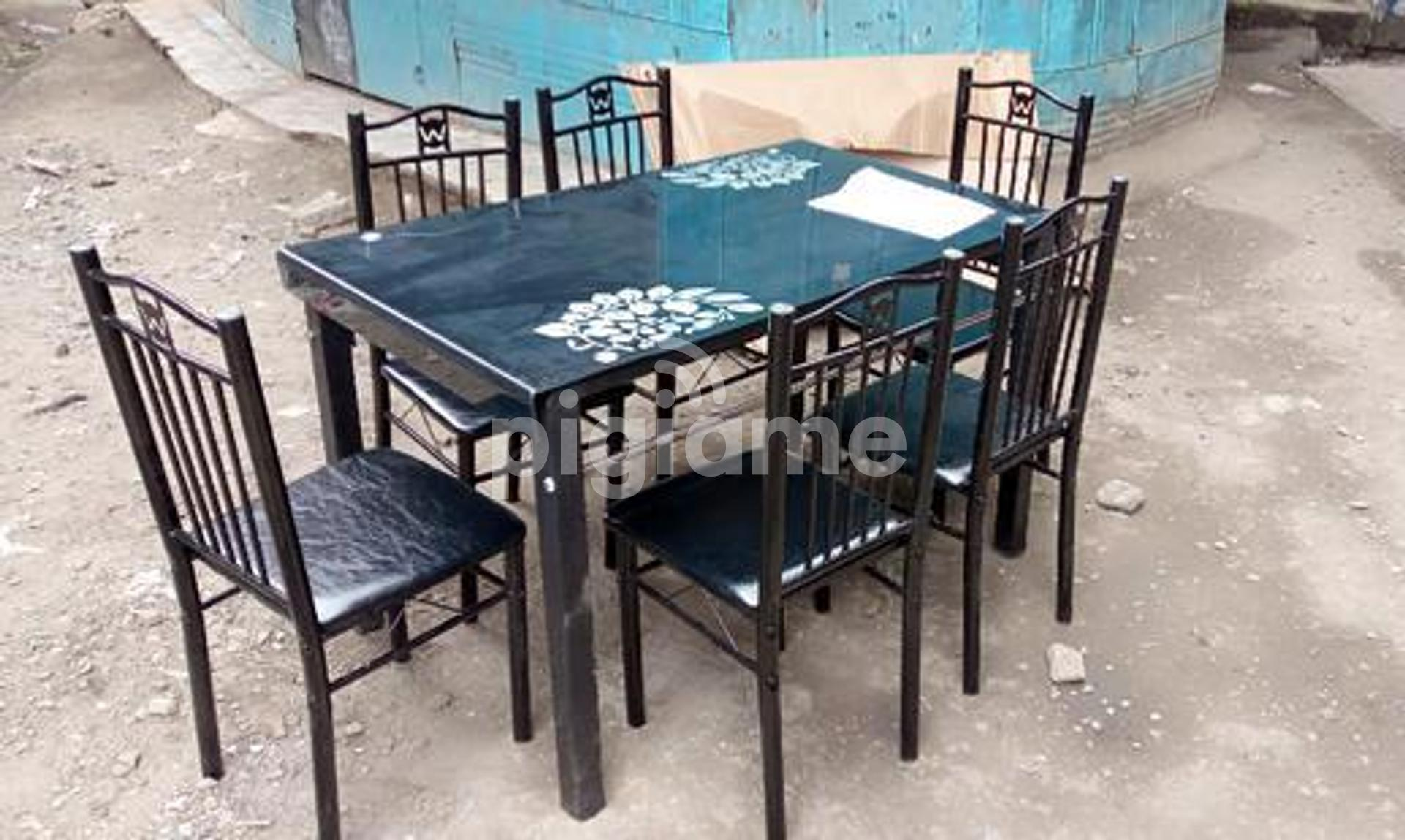 Easy To Wipe Clean Dining Table And Chairs In Nairobi Pigiame