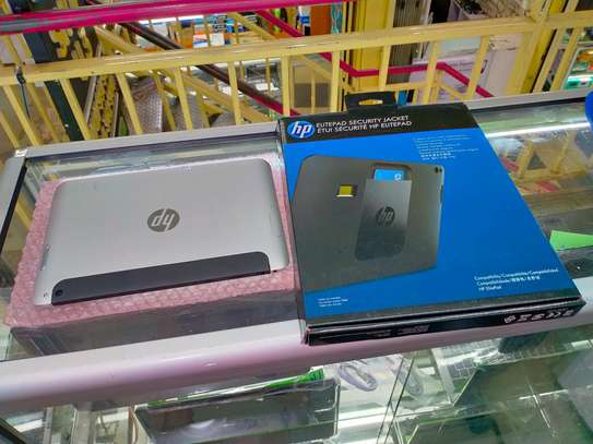 HP ElitePad 1000G2 Windows Tablet 128GB with Cover image 3