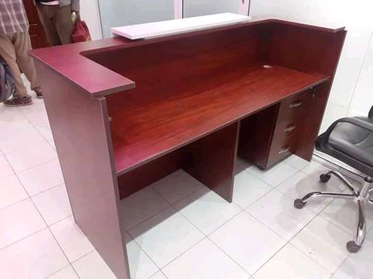Reception Desks image 3