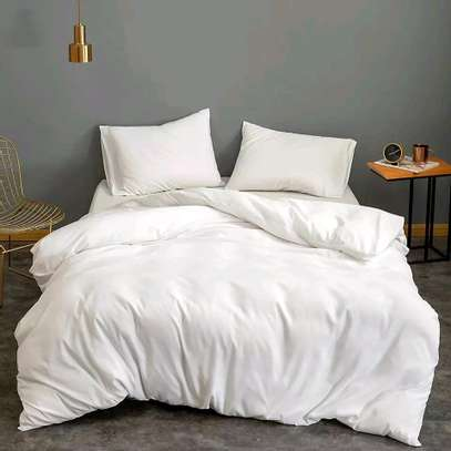 Warm and classy duvets image 1