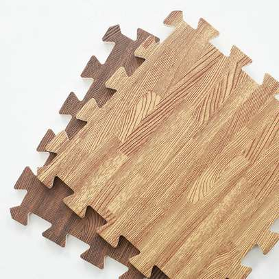 Interlocking Floor Tiles image 3