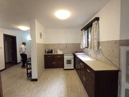 Furnished 1 bedroom house for rent in Rhapta Road image 7