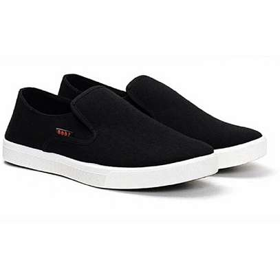Unisex Canvas Shoes With A White Rubber Sole