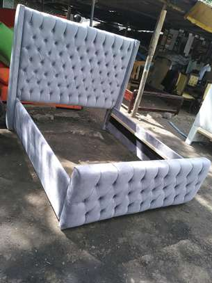 Ready made 5*6  buttoned bed image 1