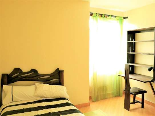 Day Star - Flat & Apartment image 4