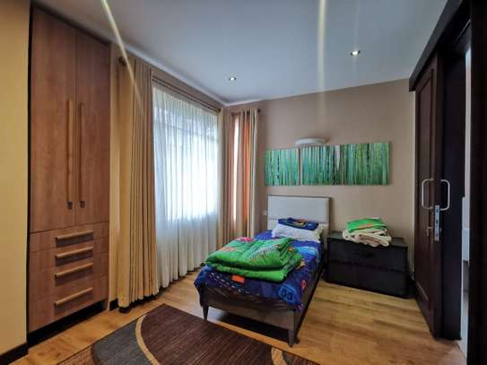2 bedroom townhouse for rent in Nyari image 7