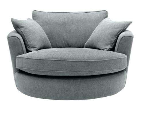 Round luxury seat image 1