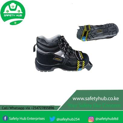 ULTIMATE PLUS SAFETY BOOTS ON SALE image 1