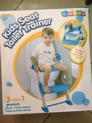 Toilet trainer/seats