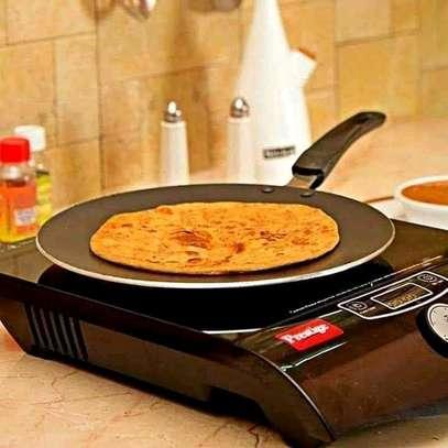 Flat non-stick chapati pan image 2
