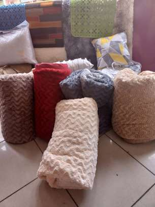 Warm and Cosy Egyptian woolen duvets image 6