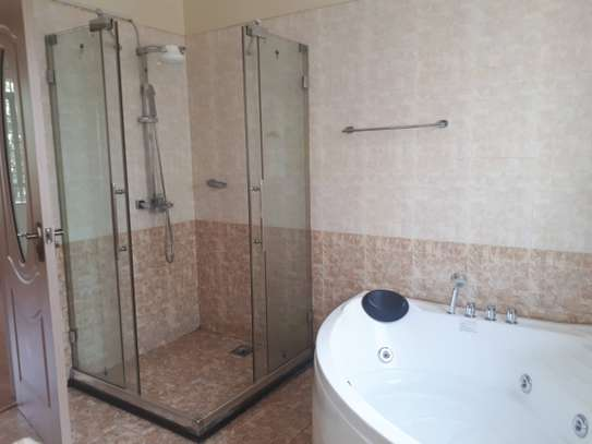 3 bedroom apartment + DSQ for rent in Kileleshwa image 13