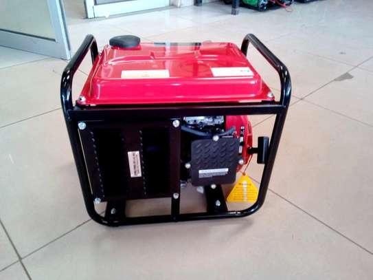 New Carltons UK 1KVA Generator image 4