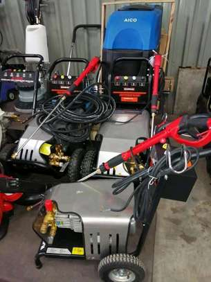 Commercial high pressure washer machines image 1
