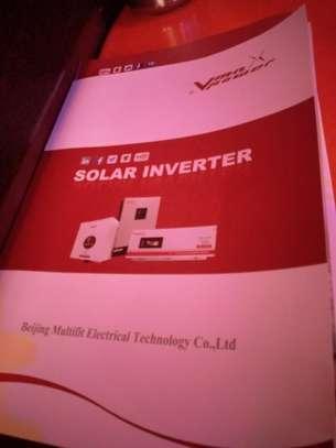 Solar hybrid inverter image 4