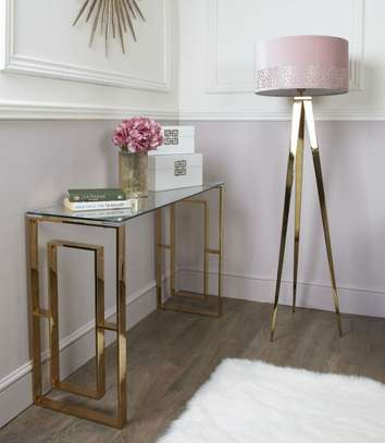 console tables image 14