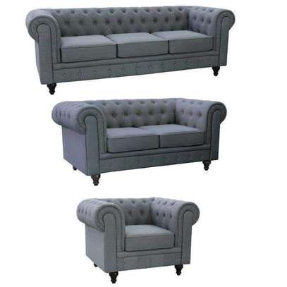 Elegant Classic Modern Quality 6 Seater Chesterfield Sofa image 1