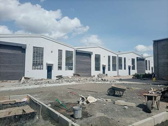 3000 ft² warehouse for rent in Mlolongo image 12