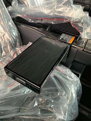 Lexus LM image 5