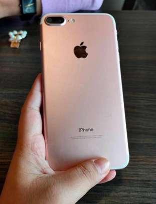 Iphone 7 plus *256GB*GOLD* image 2