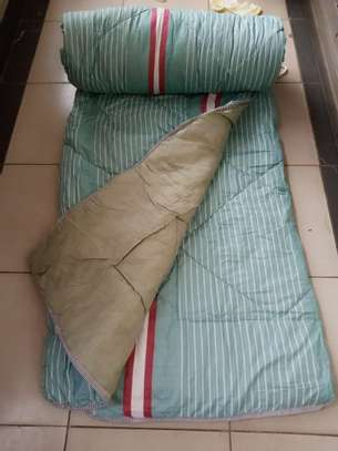 Binded quality Duvets image 12
