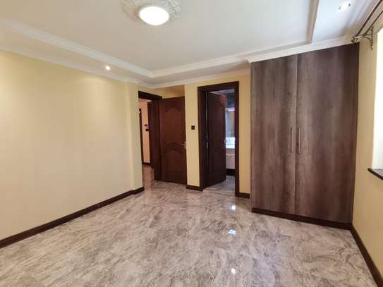 NEWLY BUILT CONTEMPORARY 4 BEDROOM TOWNHOUSE WITH DSQ image 13